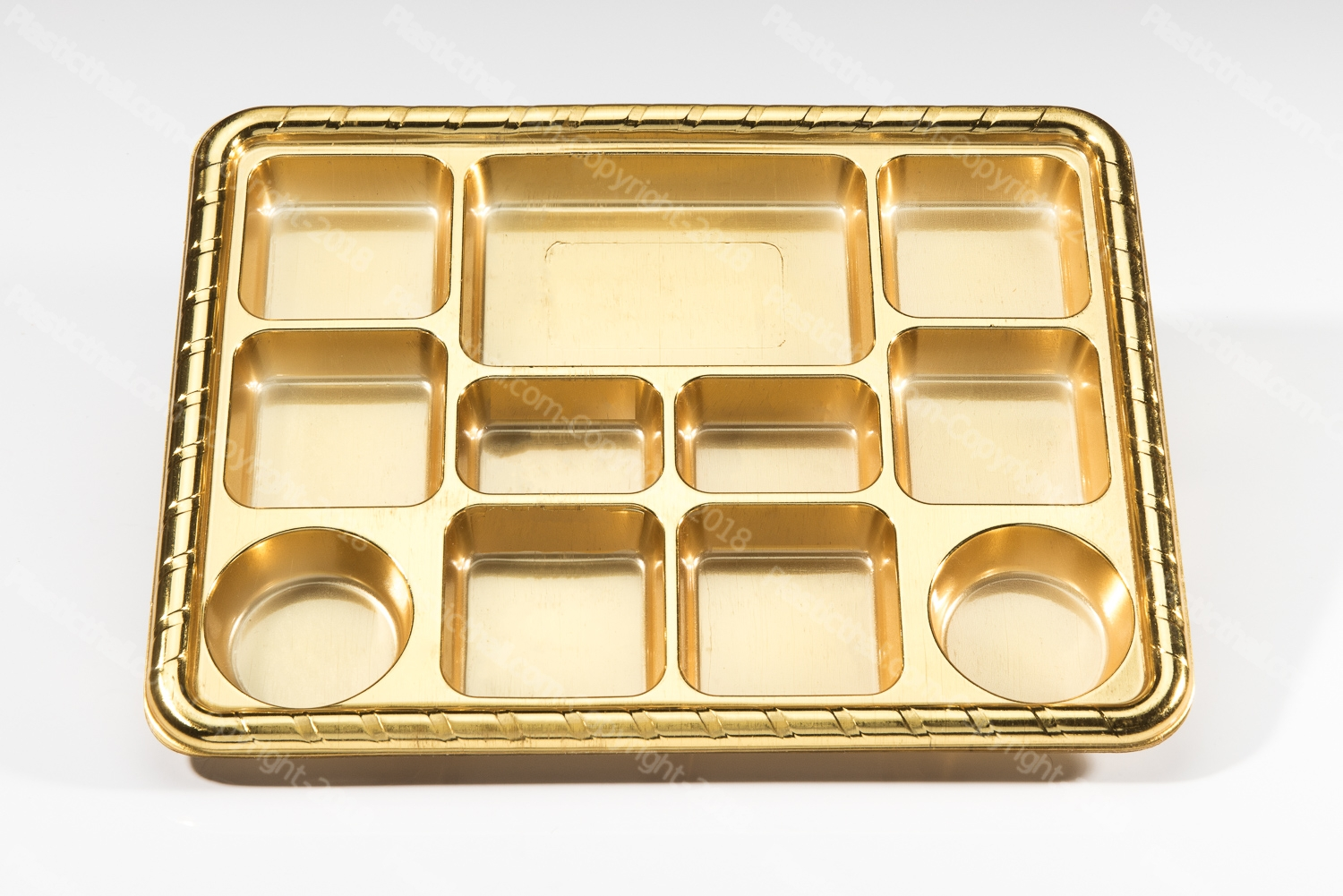11 compartment disposable gold plastic plate 3
