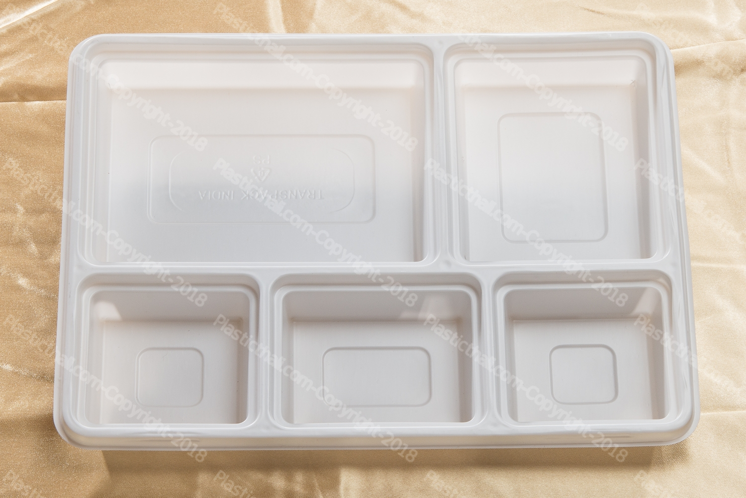 5 compartment disposable plastic plates 4
