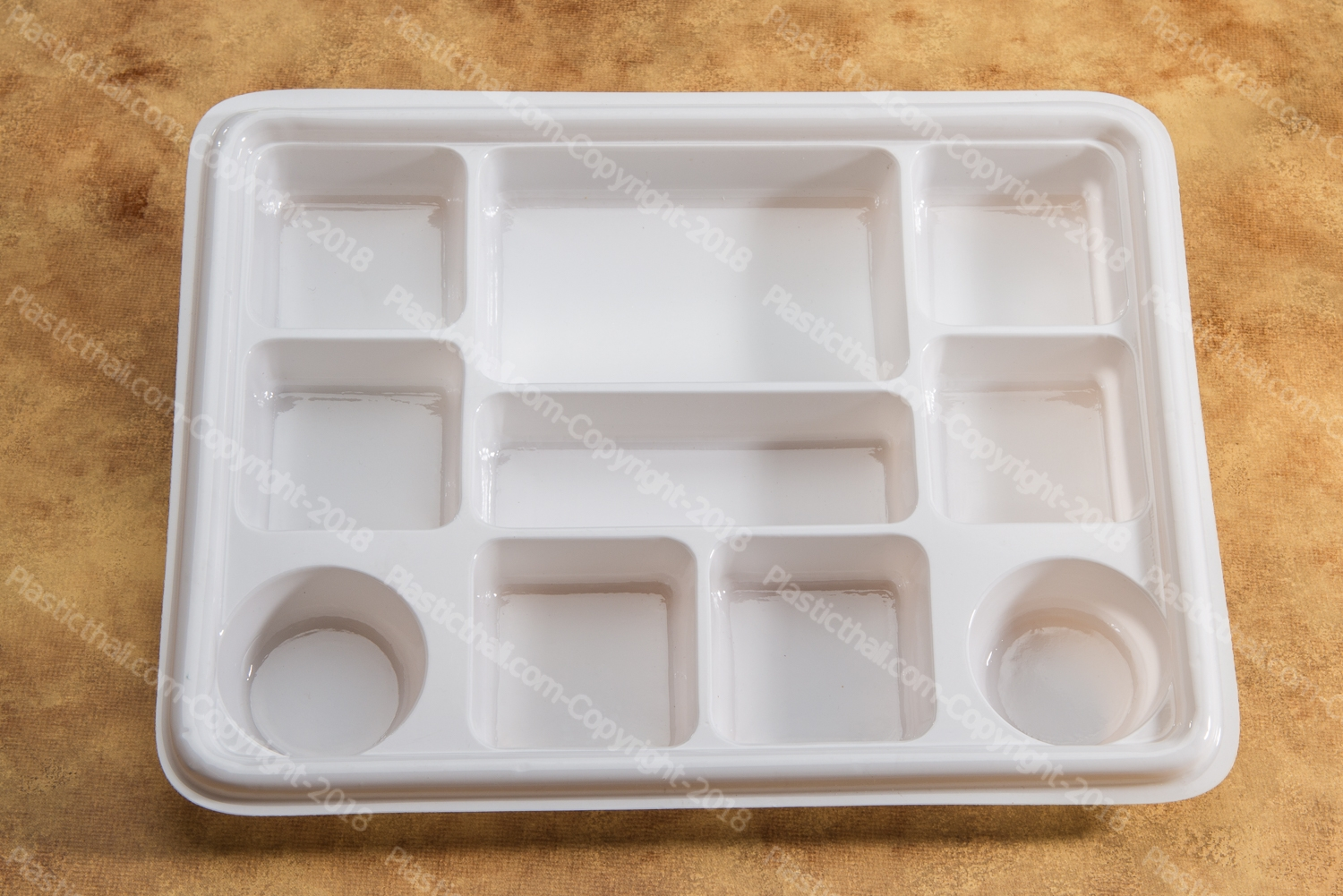 10 compartment disposable plastic plates 7